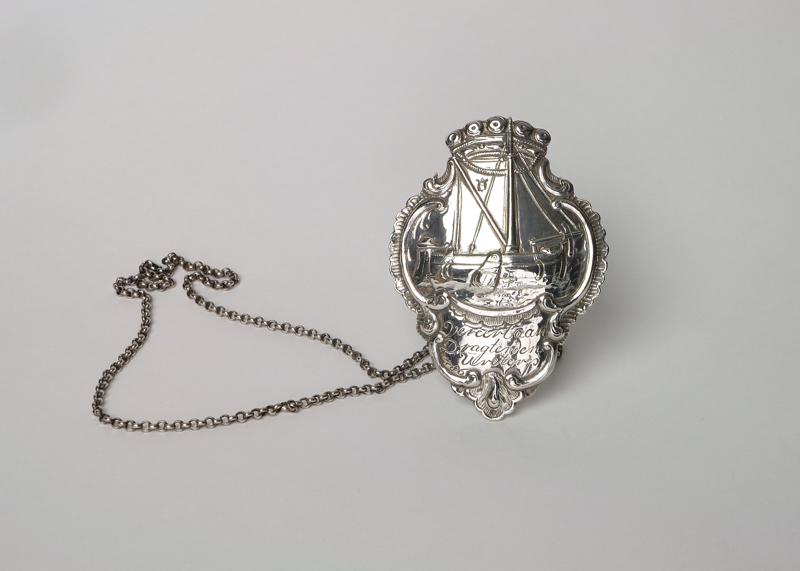 Zilveren schild van schippersgilde