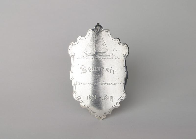 Zilveren souvenir aan Binnenvaarts-Welvaren