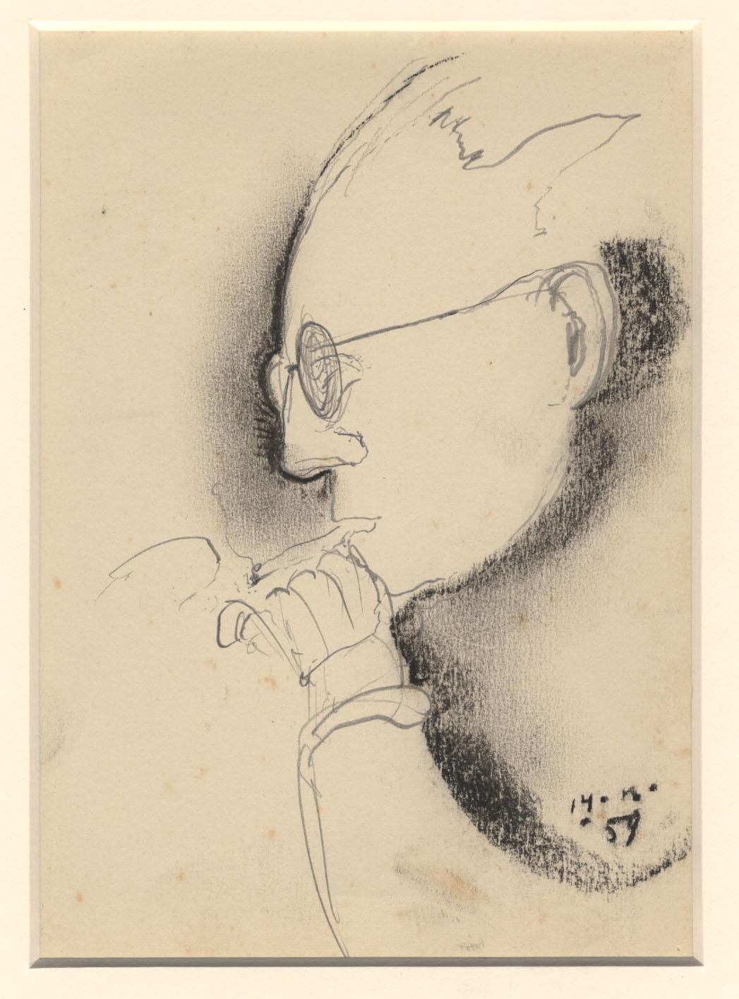 Rokende man met een bril op
