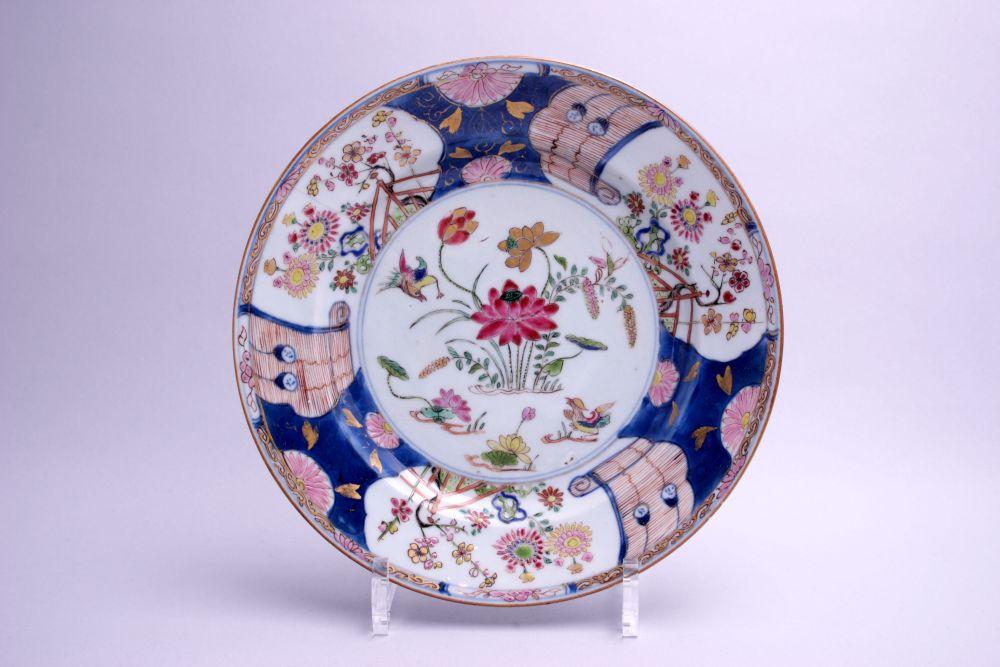Chinees imari bord met bloemdecor