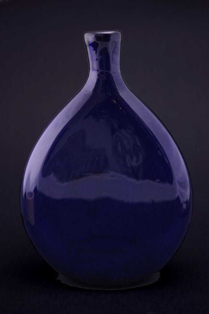 Platte fles van kobaltglas
