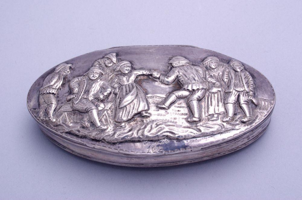 Zilveren tabaksdoos door J.W. Vergouw
