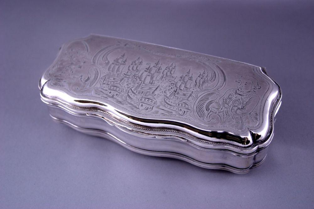 Gegraveerde zilveren tabaksdoos door J.A. Barbe