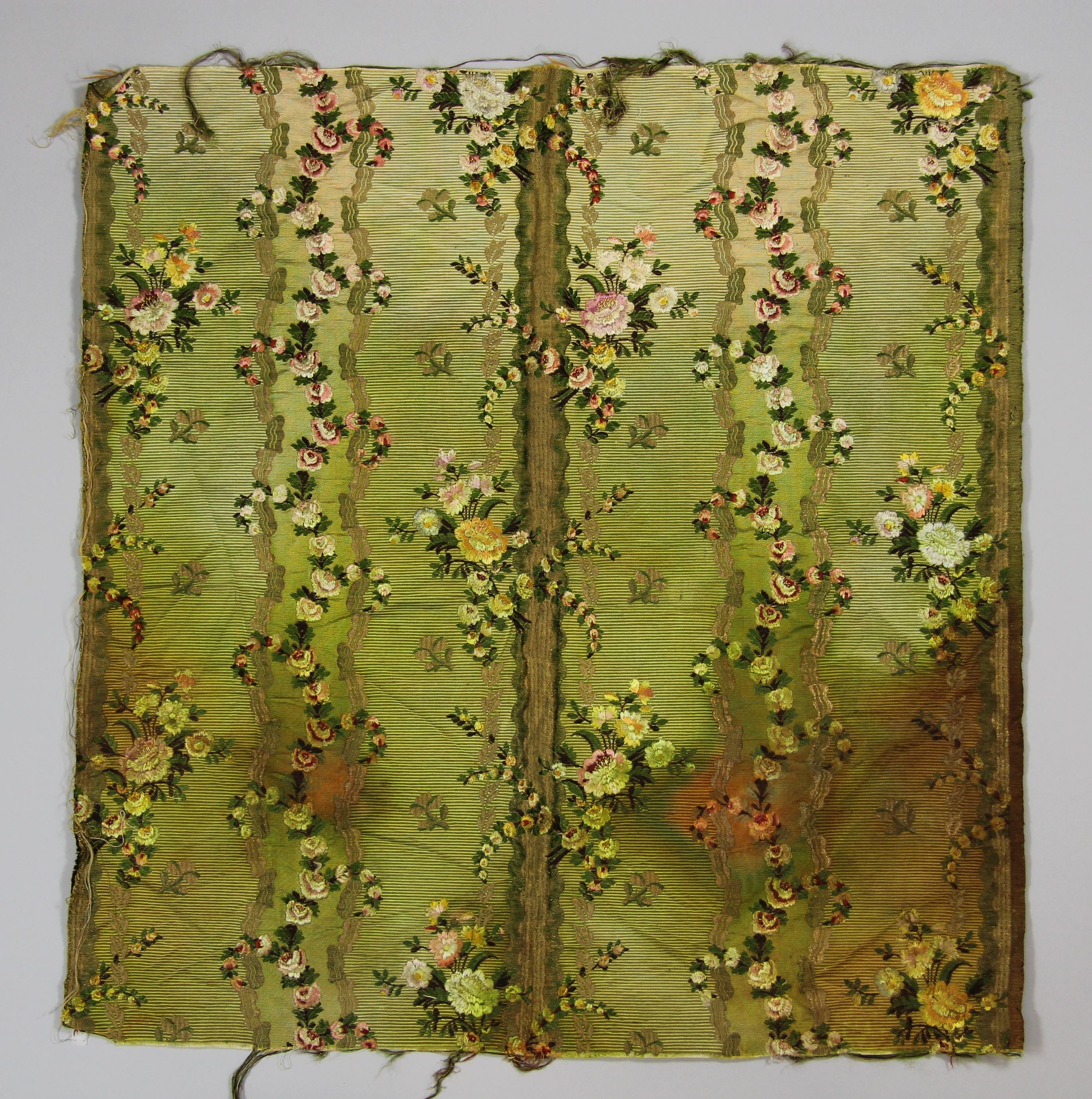 Silk cannell� panel