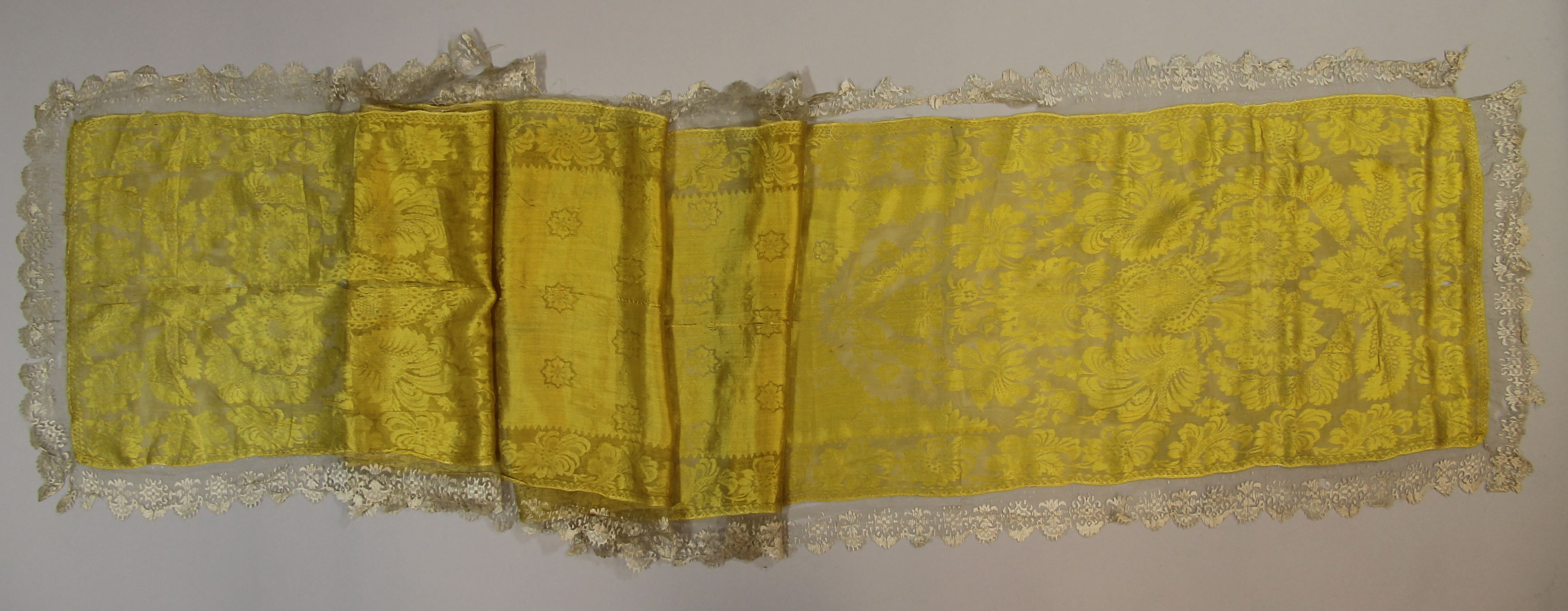 Silk gauze scarf with lace edge