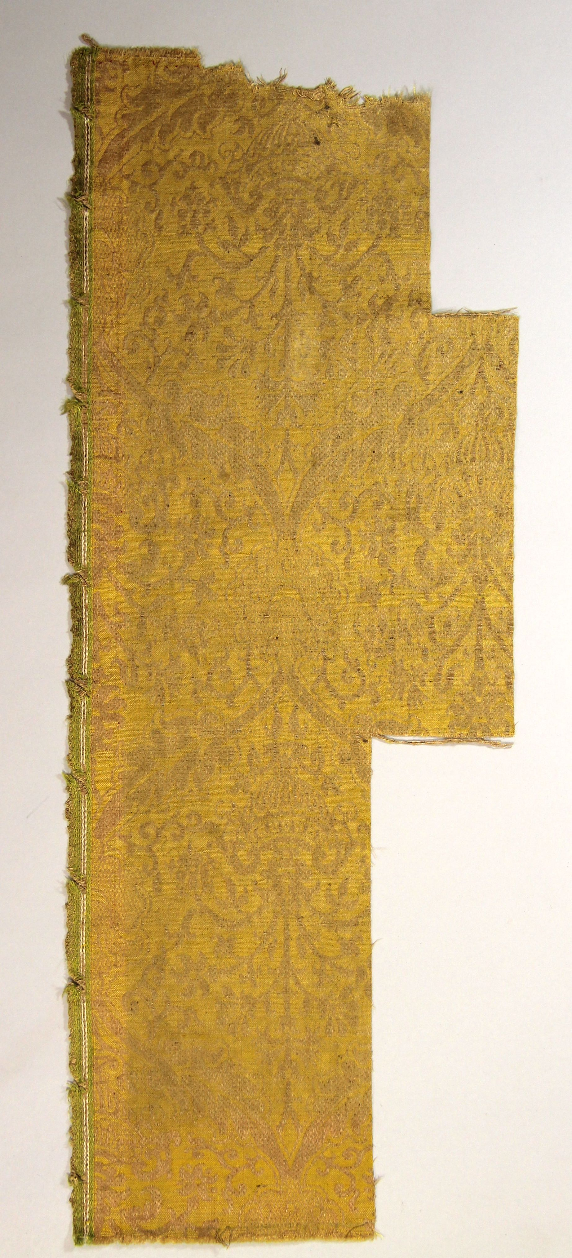 Panel of brocatelle wall covering (fragment)