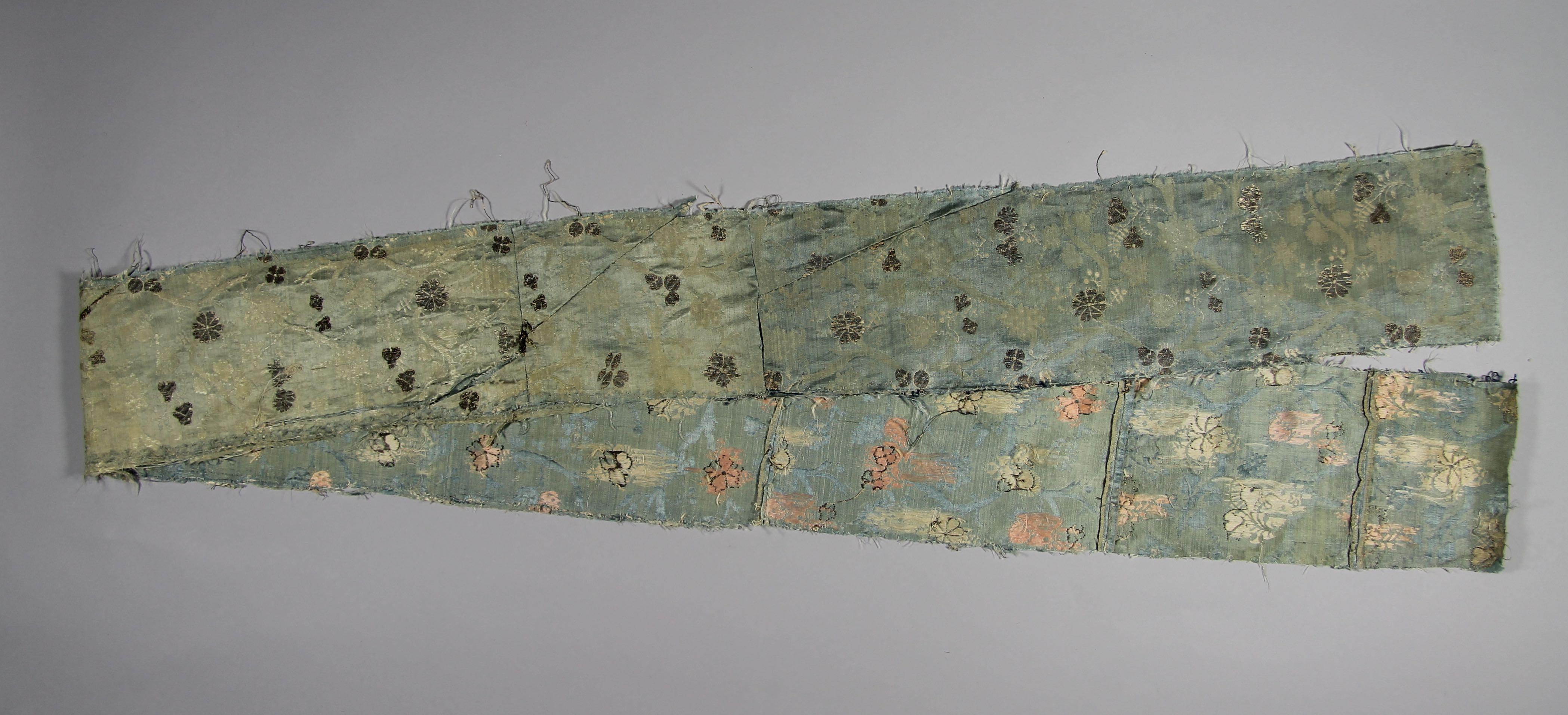 Silk damask strip