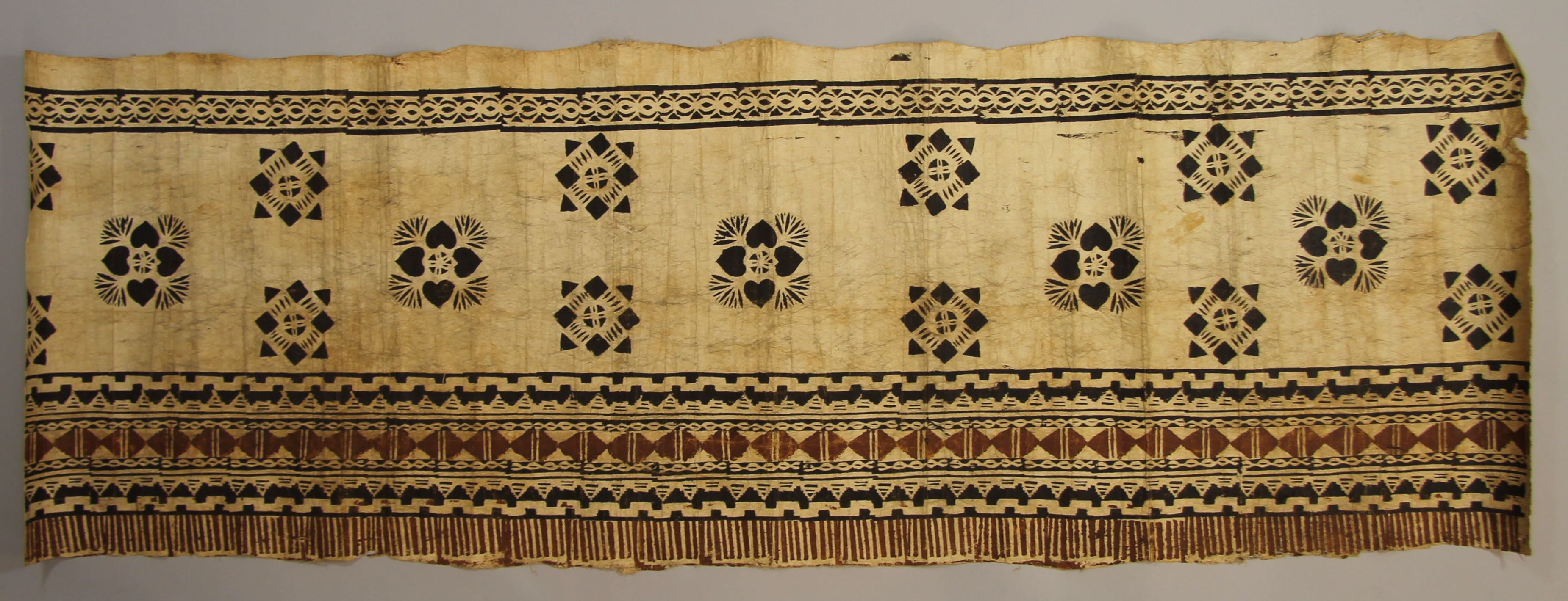 Tapa with geometric motifs (fragment)