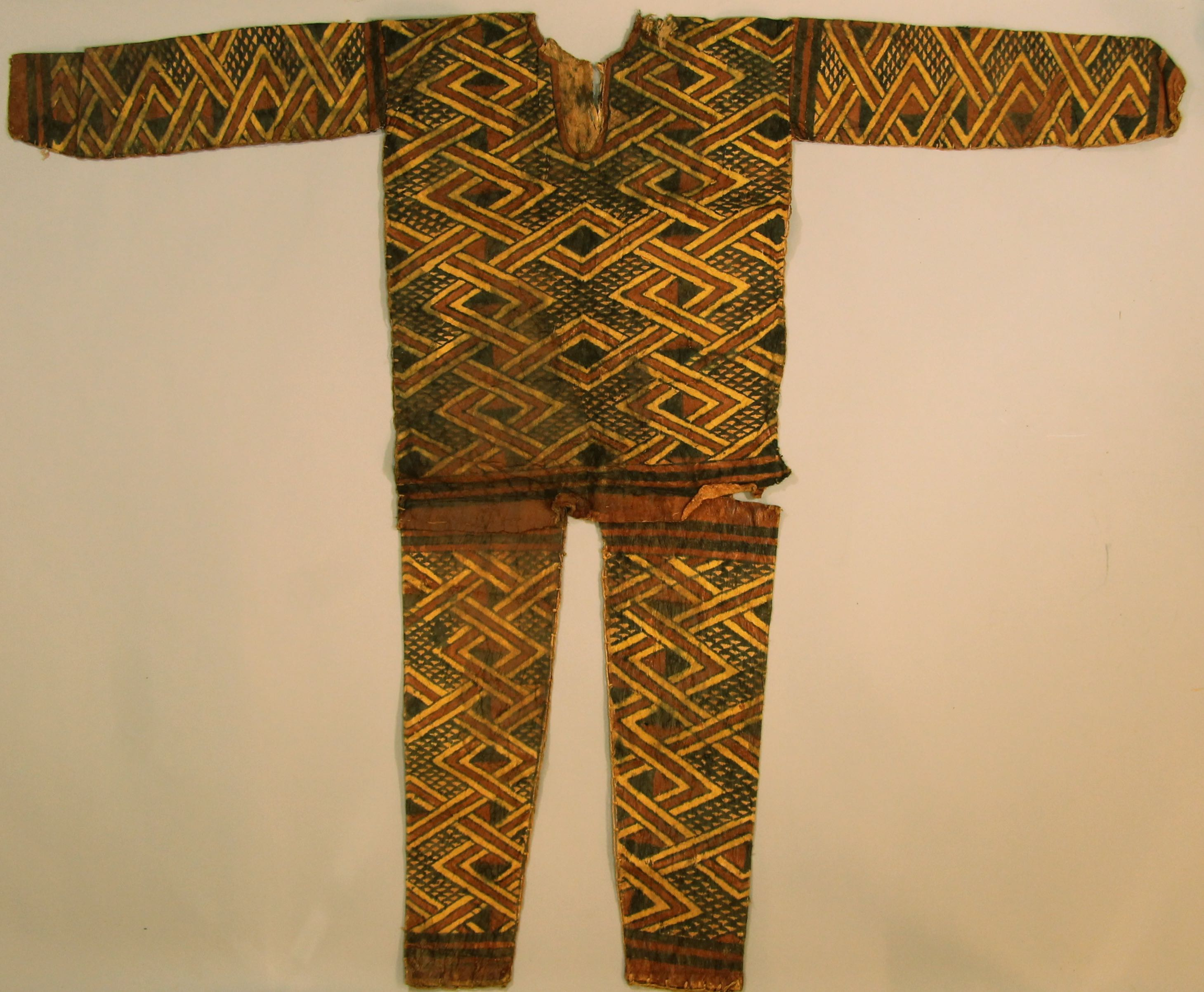Painted tapa ritual costume