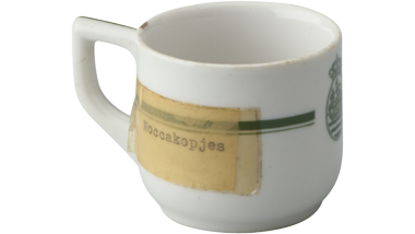 Mokkakopje van porselein met het logo van de Koninklijke...
