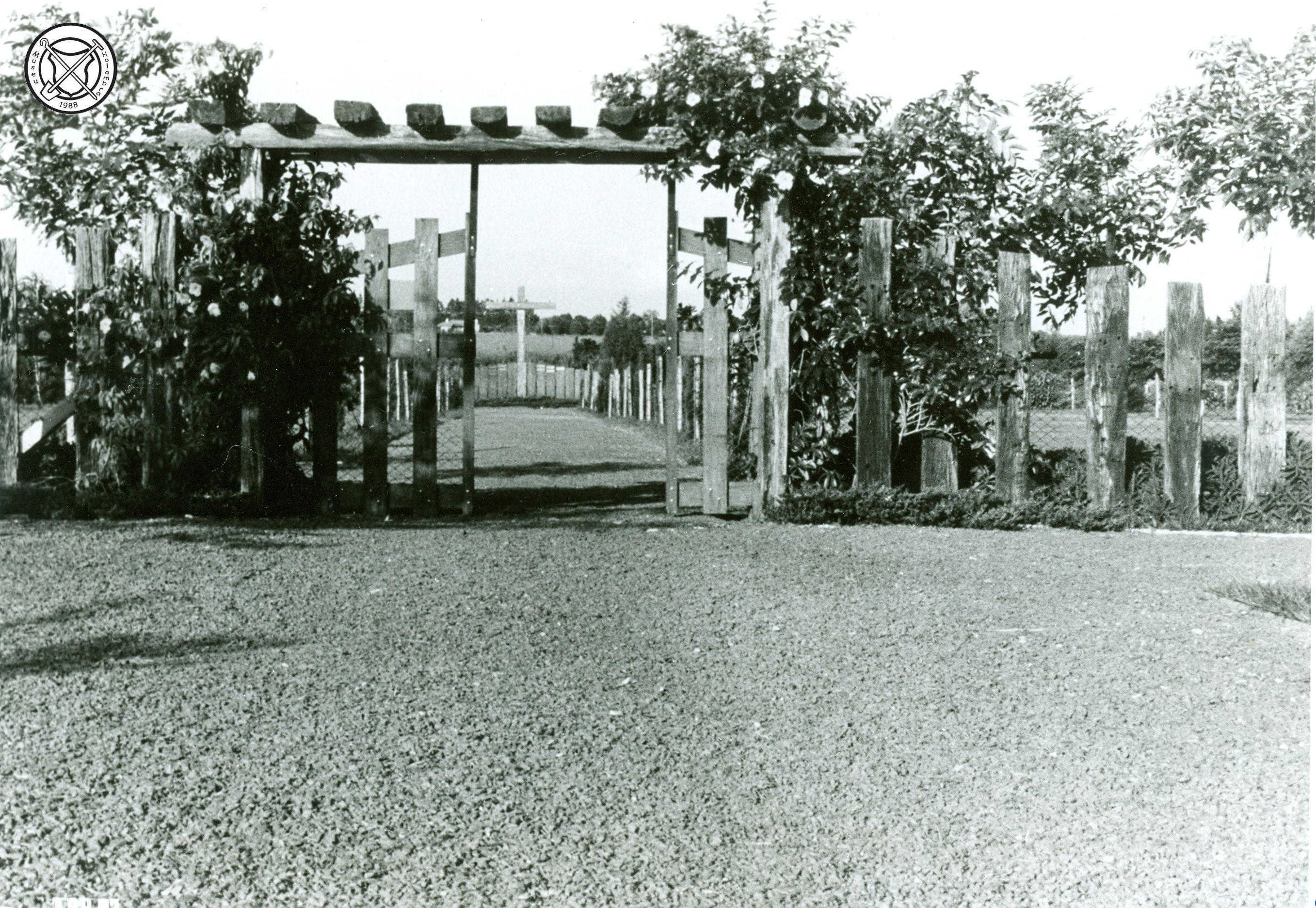 Oude ingang van het kerkhof