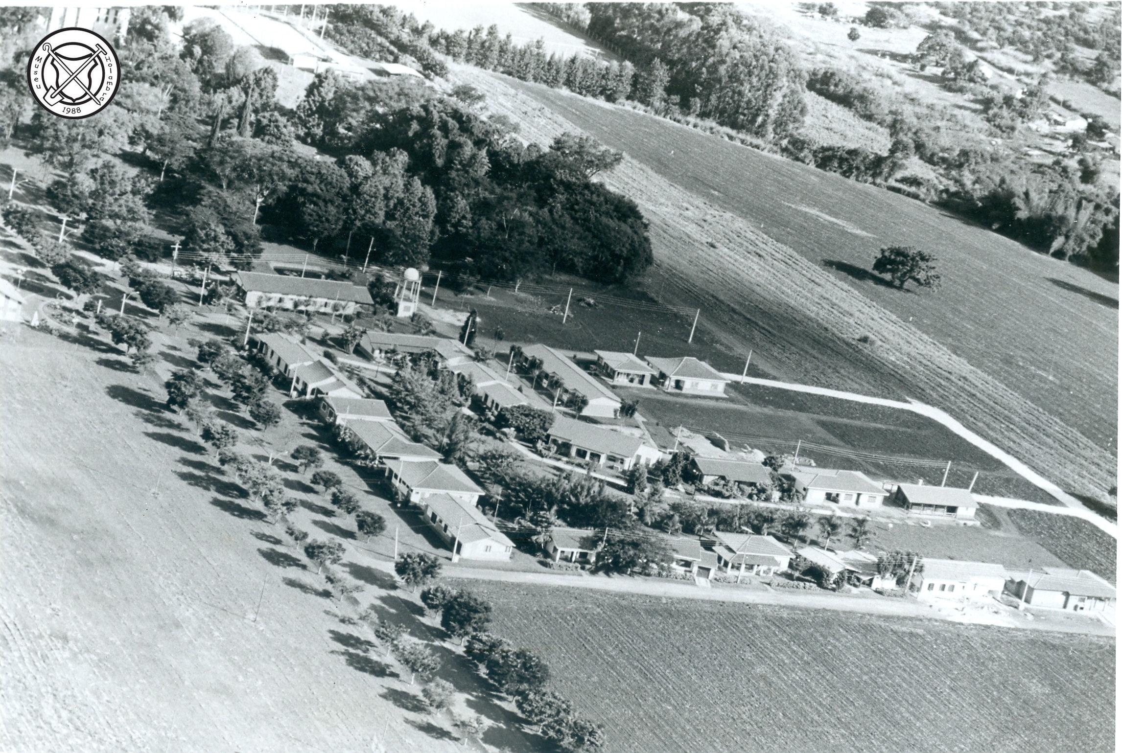 Luchtfoto van het Centro Social Holandês