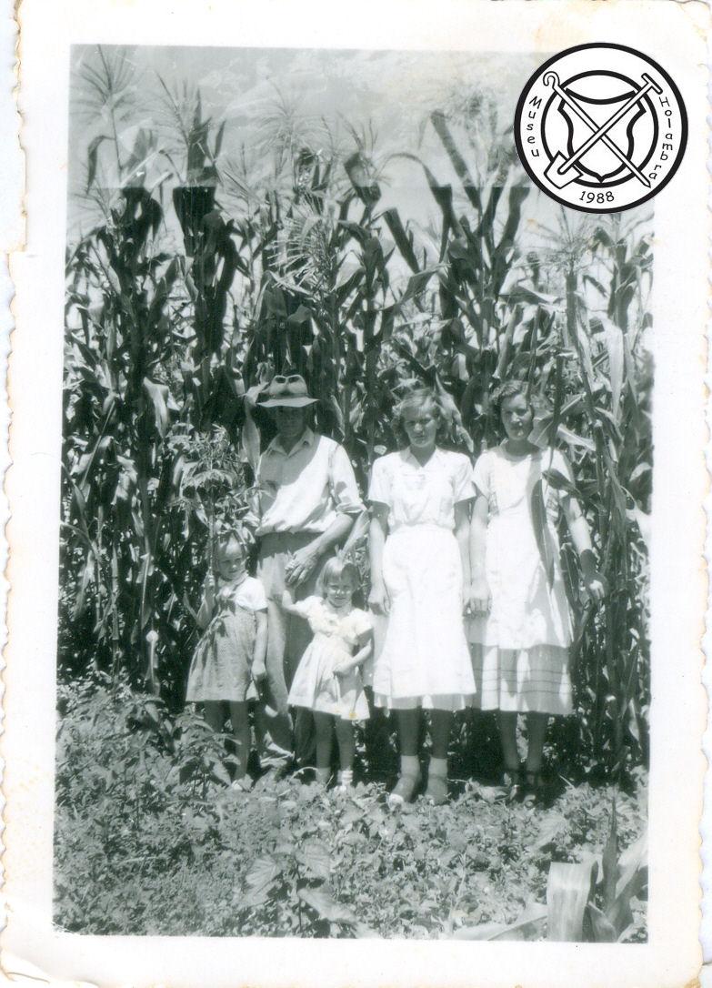 Mevrouw Jeuken en haar dochters
