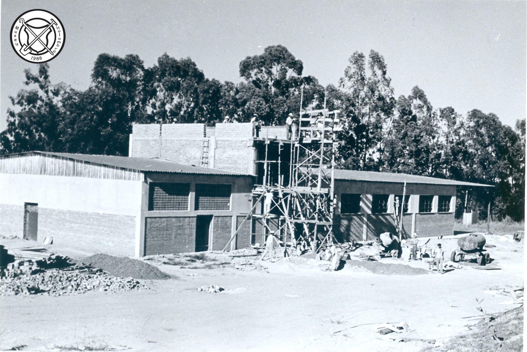 Bouw van het nieuwe slachthuis van de CAPH