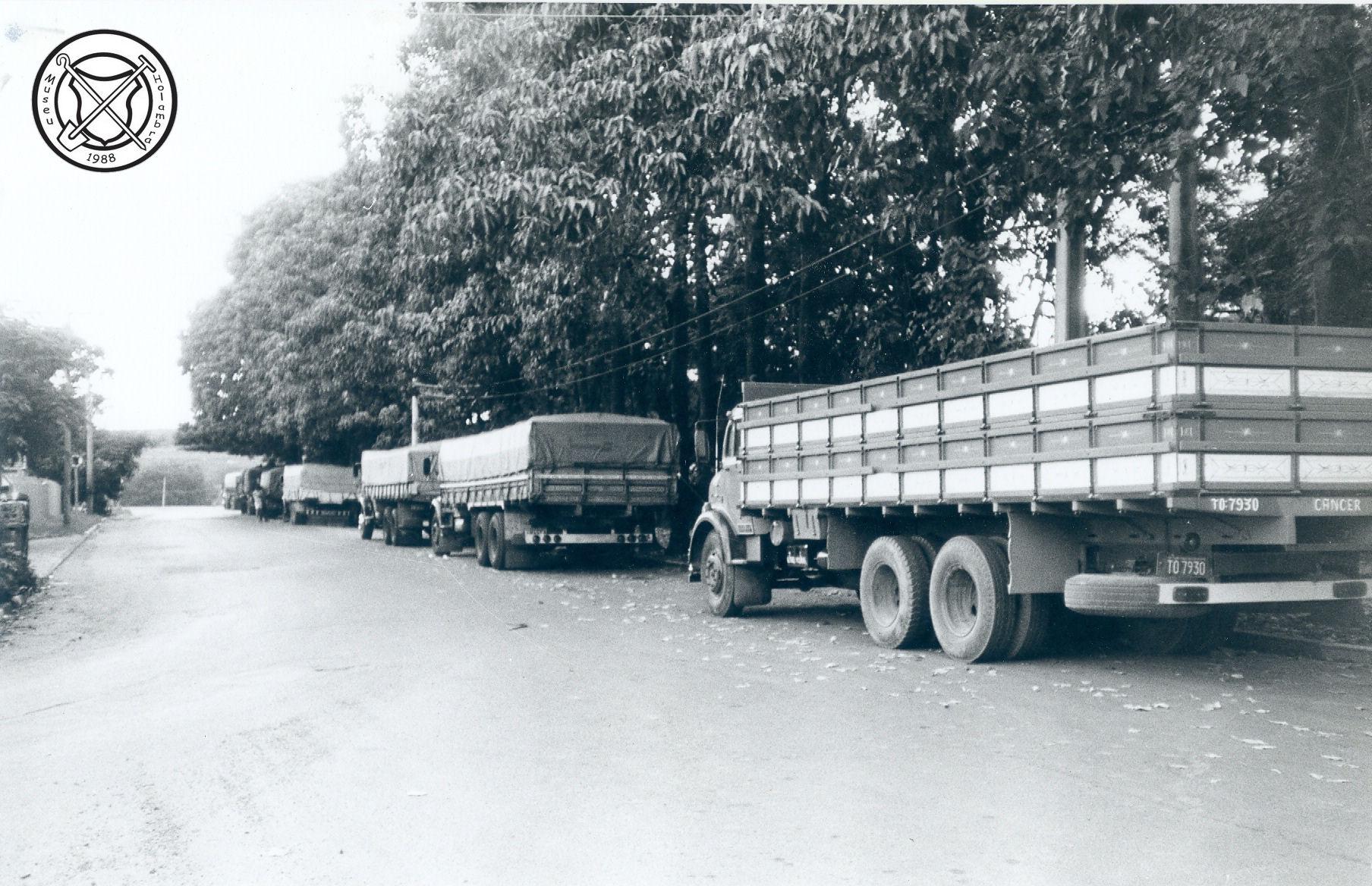 Vrachtwagens, achteraanzicht