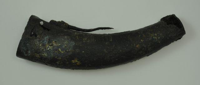 Kruithoorn van messing. Afkomstig uit het VOC-schip 'Geldermalsen', vergaan in 1752.