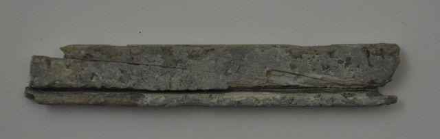 Gipslijst fragmentjes (?), twee stuks. Afkomstig uit het VOC-schip 'Geldermalsen', vergaan in 1752.