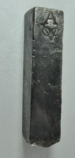 Zilveren baar, afkomstig van VOC-schip Rooswijk