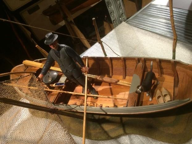 Volmodel van Hollandse boot met kruisnetvisser.