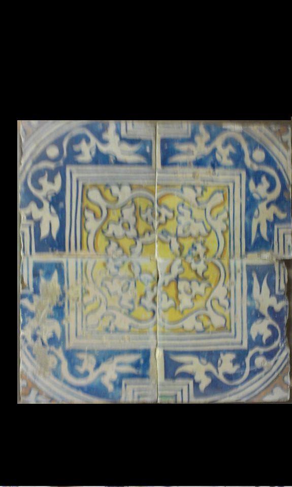 Blok van 4 ornament-tegels.