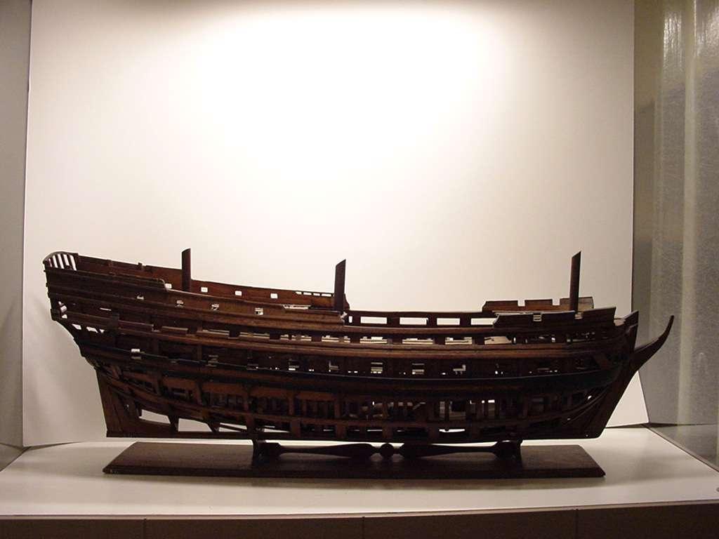 Constructiemodel van oorlogsschip van 58 stukken, 1e kwart 18e eeuw.